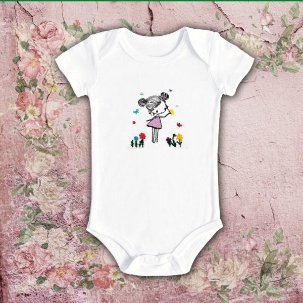 Fata cu fluturi – body bebe, LWS, bumbac organic, brodat, alb