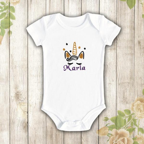 Nume fetita unicorn – body bebe, LWS, bumbac organic, brodat, alb