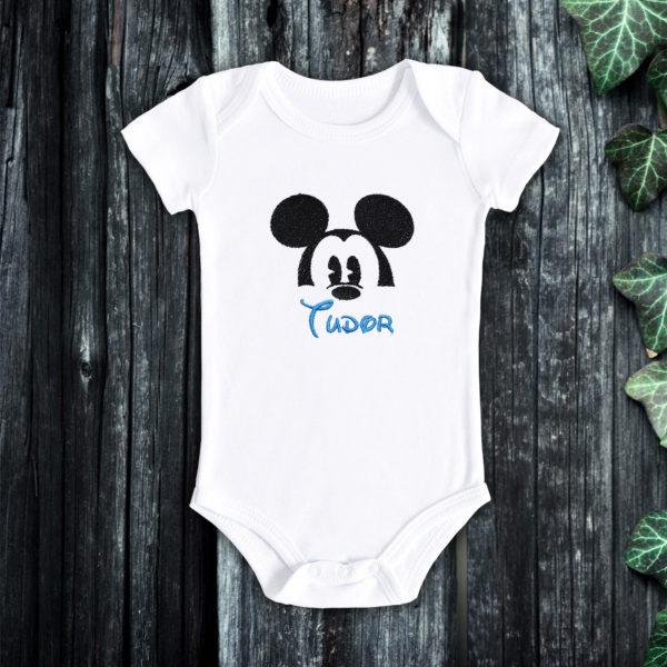 Mickey, nume baietel – body bebe, brodat, lws 2885
